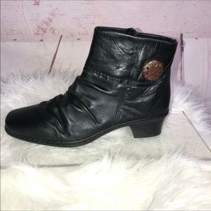 Rieker Black Leather Zip Up Ankle Bootie Size 38/8
